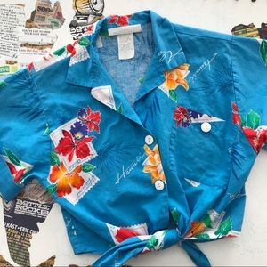 Hawaiian Tie Waist Cropped Button Up • Size S